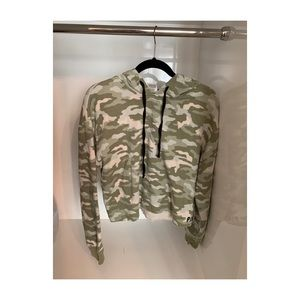 Victoria's Secret PINK Camo Cropped Hoodie